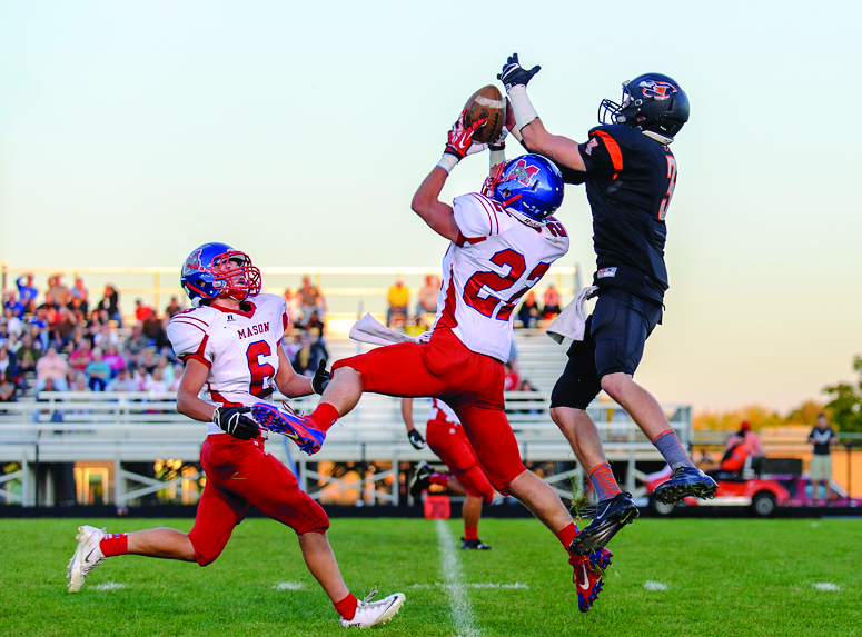 Orioles rally past Mason in thrilling 37-16 win