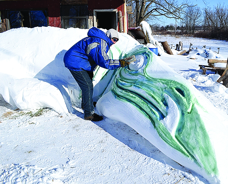 Olivet artist makes the  most of massive snowfall