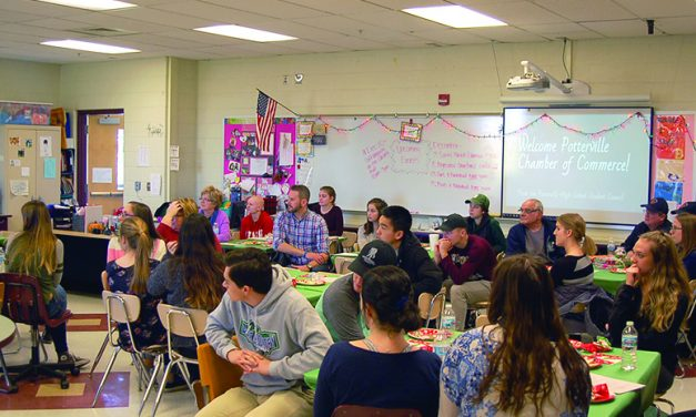 Potterville student council hosts annual chamber luncheon