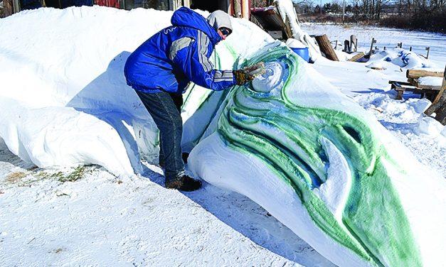 Olivet artist makes the  most of massive snowfall