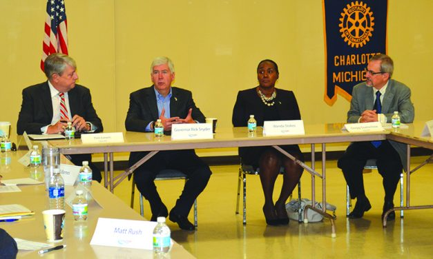 Local leaders share Charlotte's  successes, challenges with Gov. Snyder