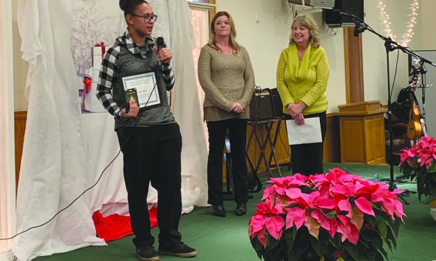 Leanna Lindsey earns 2019 Youth Achievement Award