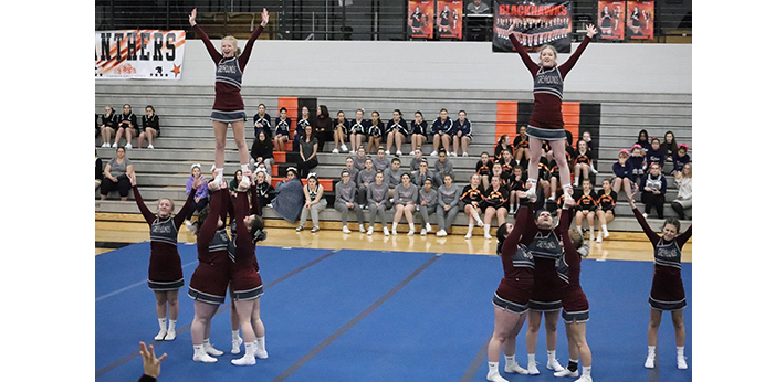 Eaton Rapids cheerleaders continue upward path